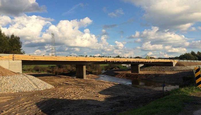 Ribeira da Várzea Bridge